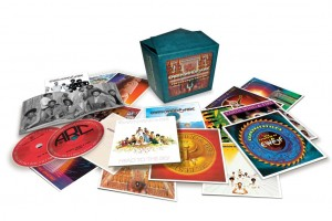 Le coffret 16 CDs Earth Wind & Fire enfin disponible !
