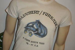 Un T-shirt vintage P-Funk  800 $ !