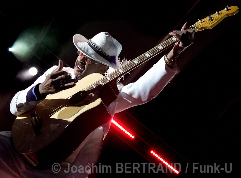 Larry Graham + M (Mathieu Chédid) live @ La Defense Jazz Festival 2016